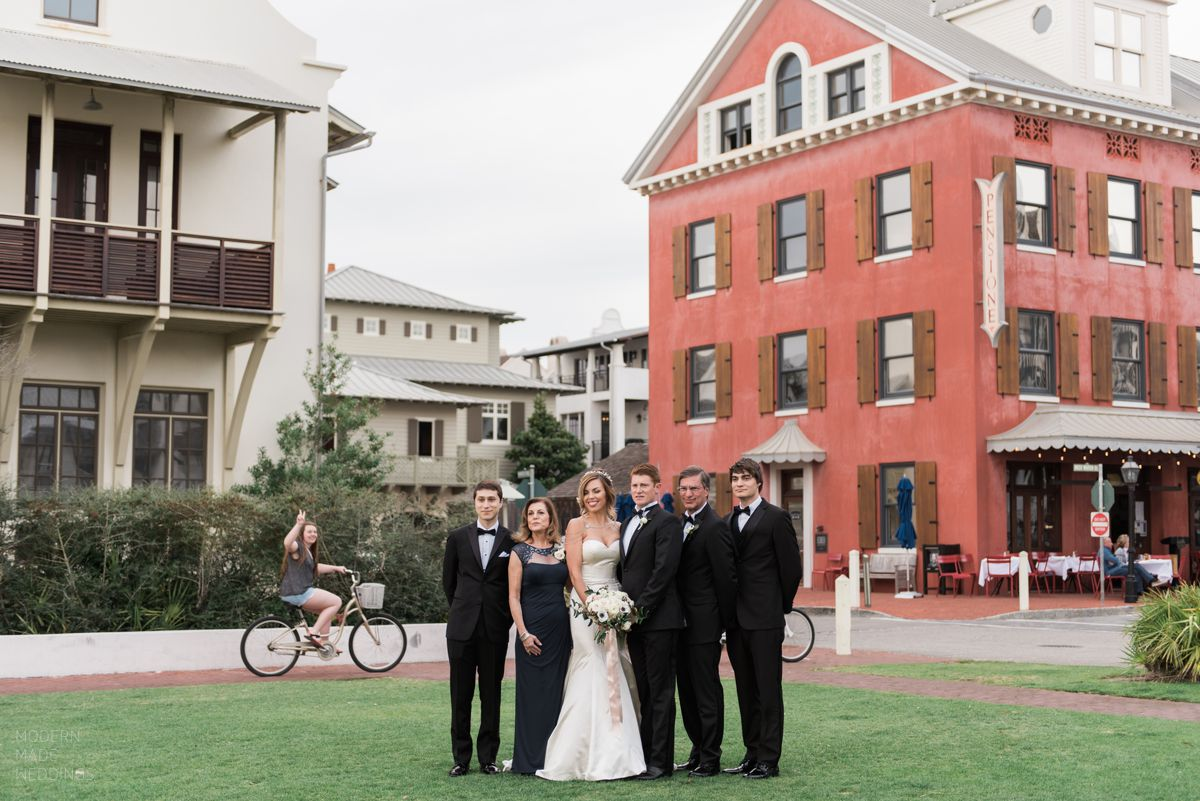 rosemary beach lawn wedding